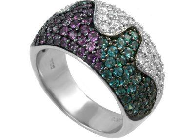 Natural Brazilian Alexandrite Ring with 0.80 carats Round White Diamonds